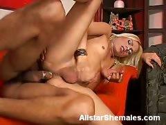 Blonde Shemale Shakira Gets Bottomed