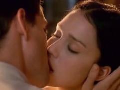 Jessica Alba Hot Sex Scene!